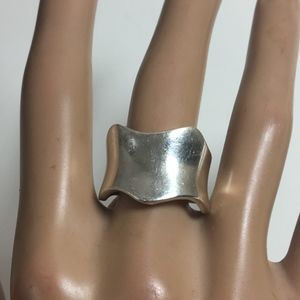 STERLING SILVER WIDE WAVY BAND RING-SZ 9-8.1 GRAMS